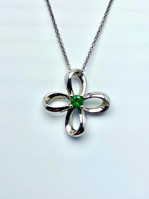 14 Karat White Gold Emerald Pendant