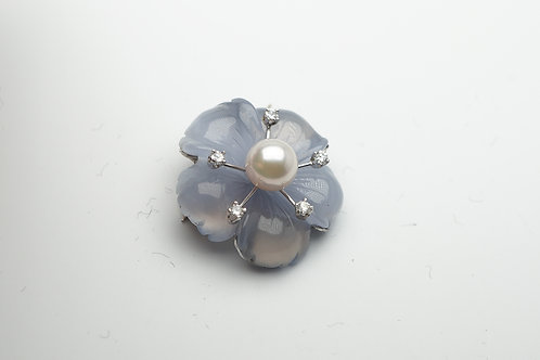 14 karat white gold chalcedony, diamond and pearl pin