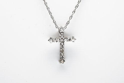 14 karat white gold dimaond cross pendant