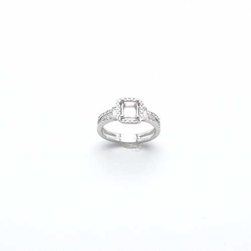 18 karat diamond Semi-set ring
