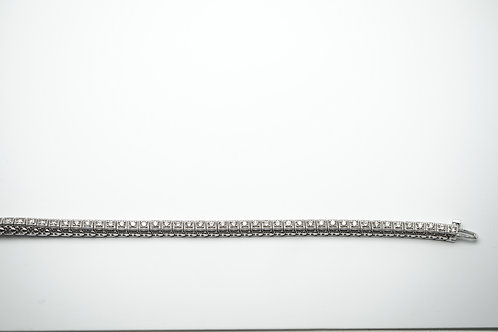 14 karat white gold diamond bracelet