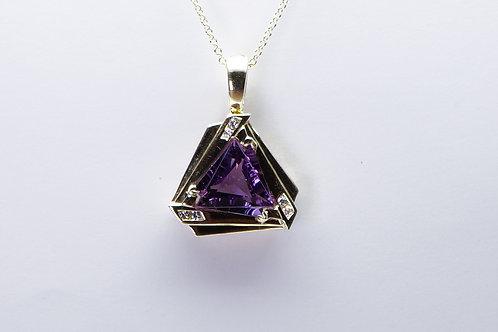 14 karat yellow gold amethyst and diamond pendant