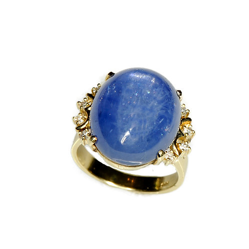 14 karat yellow gold diamond and star sapphire estate ring