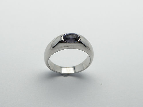 14 karat white gold iolite ring