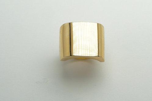 14 karat yellow gold ring