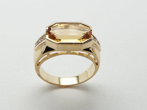 18 karat yellow gold citrine and diamond ring