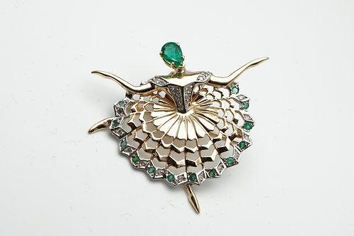 14 karat yellow gold emerald and diamond pin