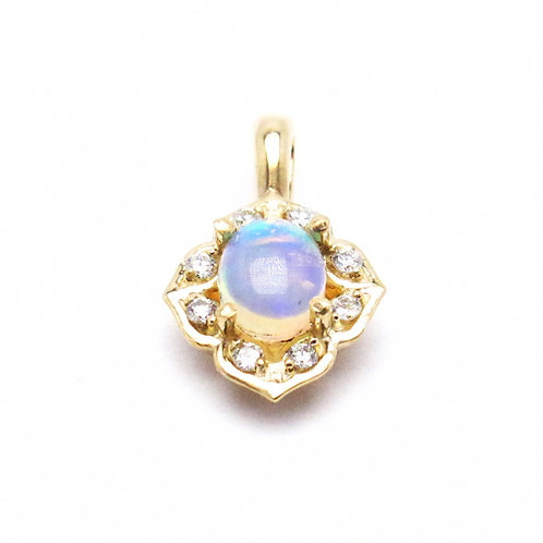 14 karat yellow gold opal and diamond pendant