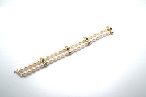 14 karat yellow gold, green tourmaline, and pearl bracelet