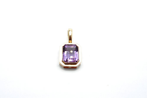 14 karat yellow gold amethyst pendant