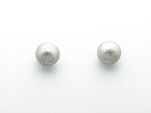 18 karat white gold earrings