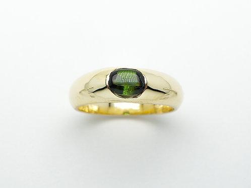 14 karat yellow gold green tourmaline ring