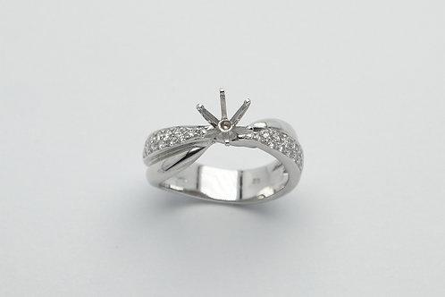 18 karat white gold semi mount diamond engagement ring