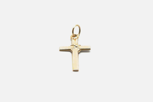14 karat yellow gold cross pendant