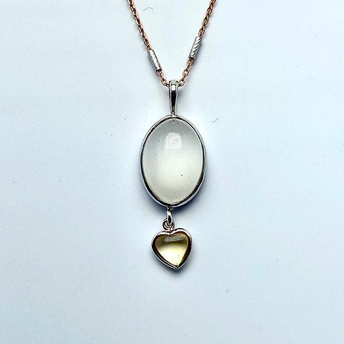 14 Karat White Gold Moonstone Pendant