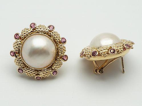 14 karat yellow gold mobe' pearl and garnet earrings