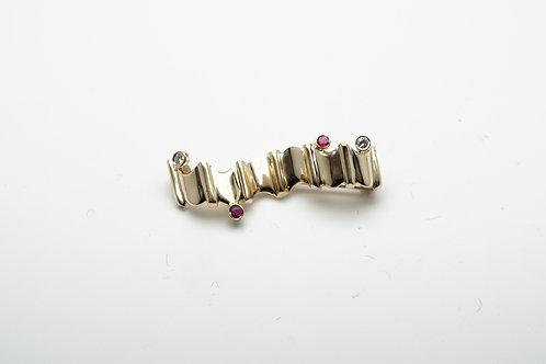 14 karat yellow gold ruby and diamond pin