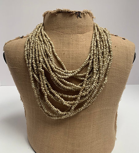 Wood buckle necklace cream