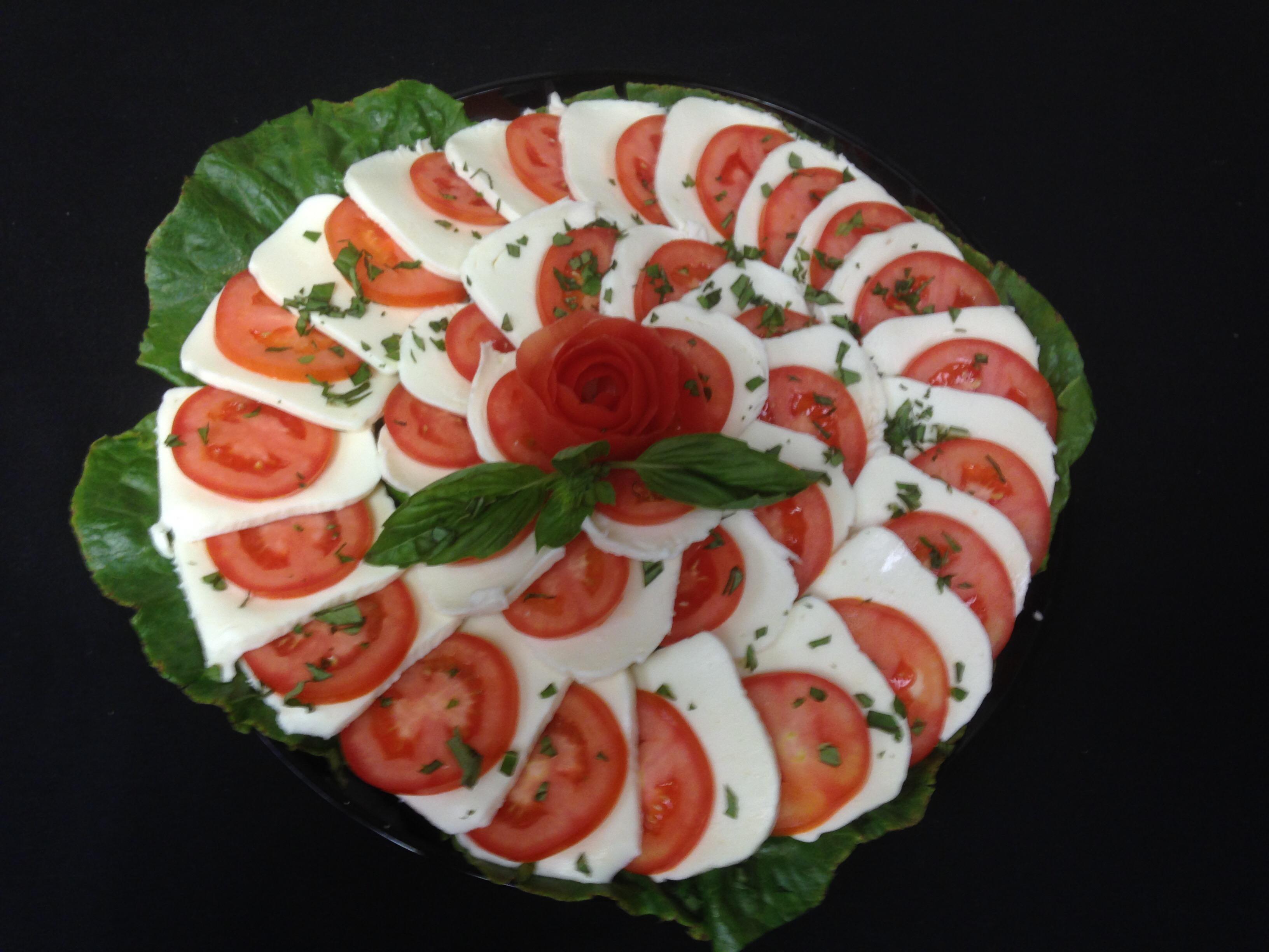 Fresh Mozzarella & Tomato Platter