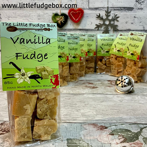 vanilla fudge little fudge box classic timeless flavour crumbly buttery grainy creamy stocking filler hamper builder gift