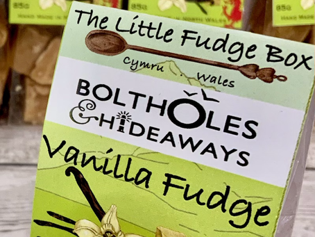 More branded fudge bags going out...