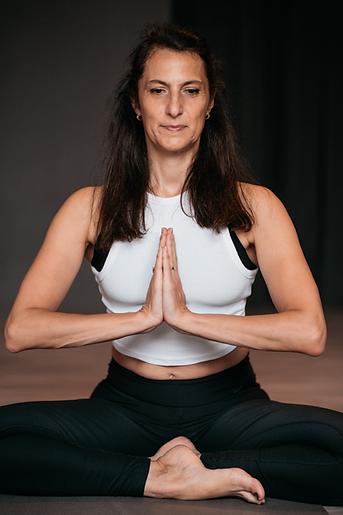 yoga-29.png