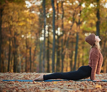 Yoga-autunno_edited.jpg