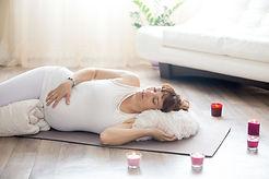 massaggio-in-gravidanza.jpg