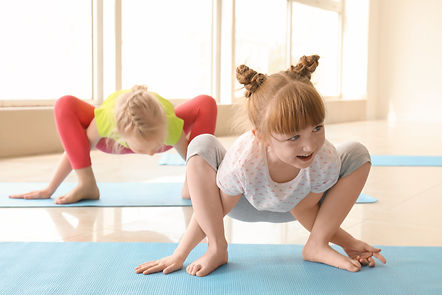 bimbi foto yoga.jpg