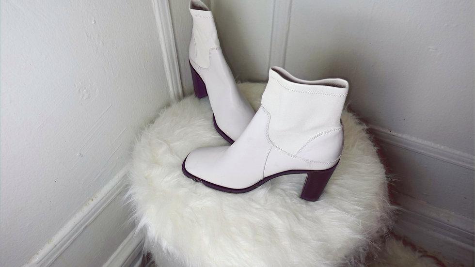 internationally boot