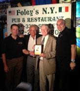 Joe Morgan accepts IABHOF Award