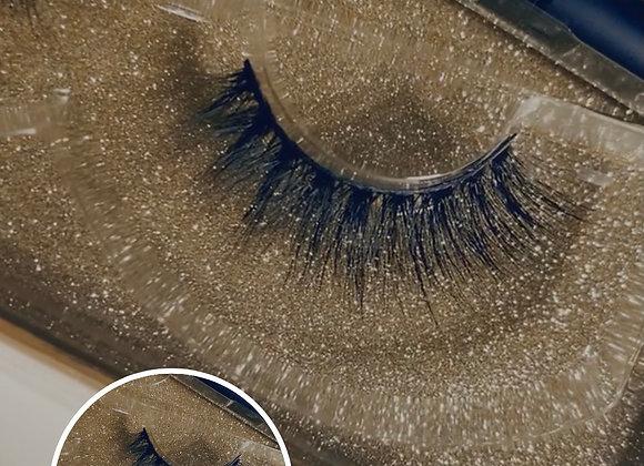 The Bailey Lash & Eyeliner Lash Glue