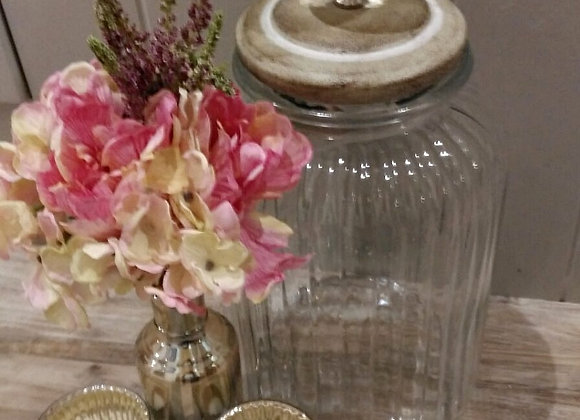 Crystal lid jar and small bottles
