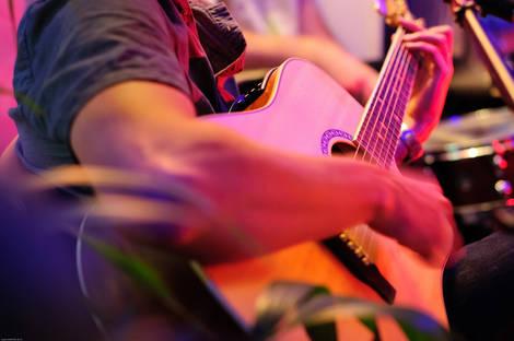 3Play_pop_rock_acoustique_mariage_concert_bar_pub_lyon_guitare