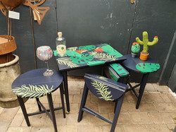 Tropical table set