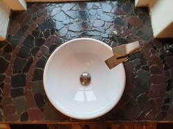 slate tiled bathroom top