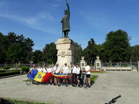 Велосипедисты из Молдовы начали путешествие в Финляндию