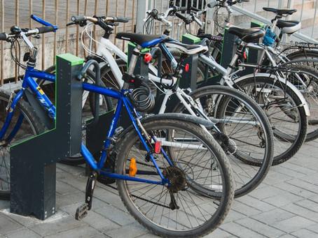 Бельцкие велосипедисты просят установить больше велопарковок