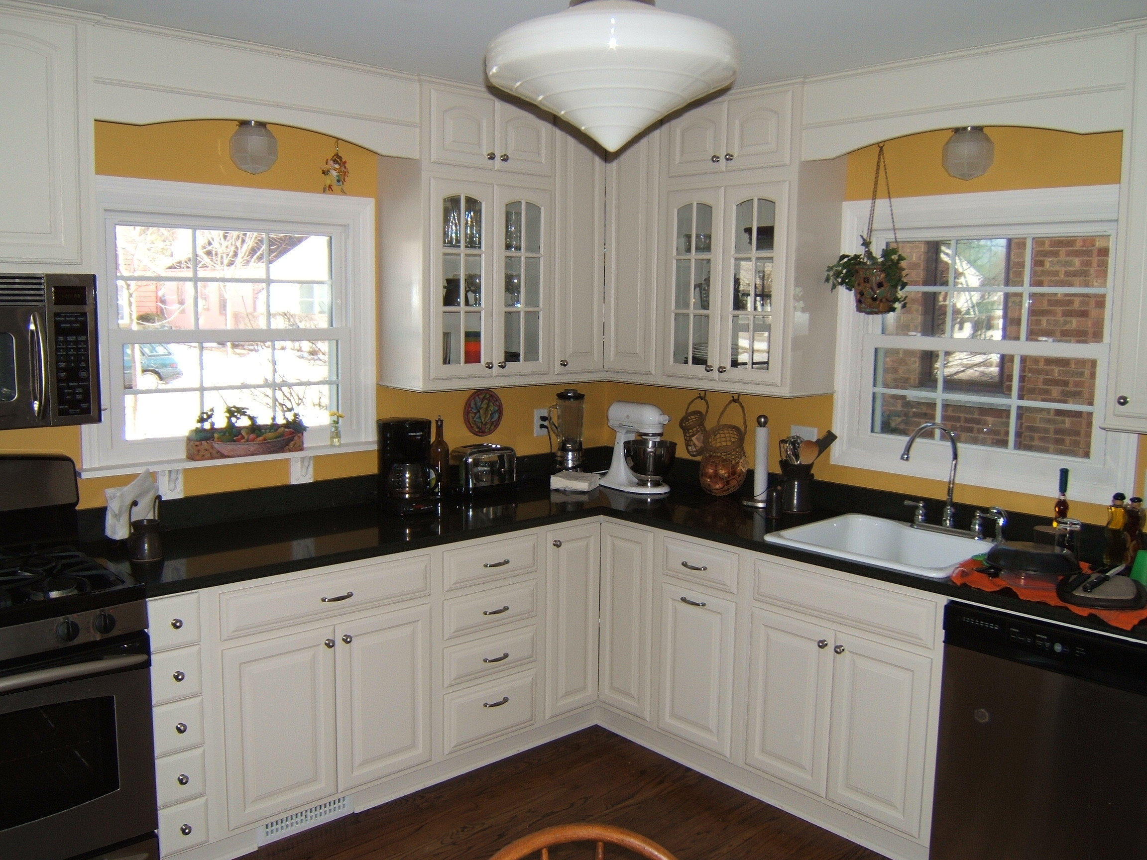 Milwaukee Kitchen Remodeling Custom Carpentry And Cabinets Llc Remodeling Contractor