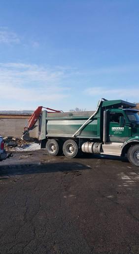 Tandem trucking