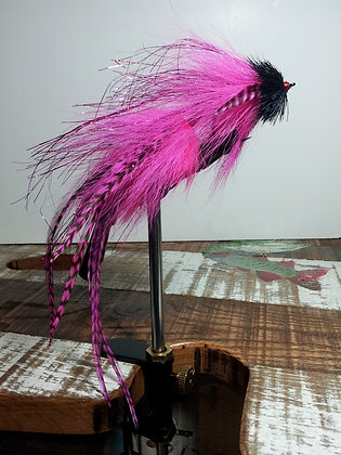 Musky Fly - Double - Pink