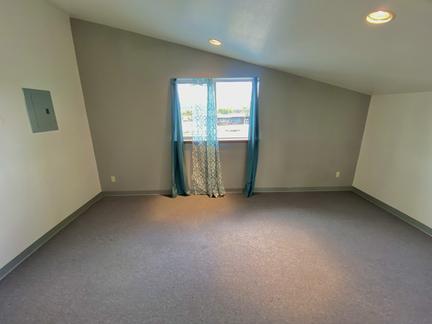 Extra Room