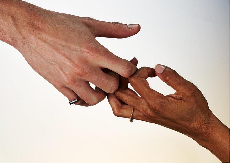 mollami, anelli, mani, ring, hands, laisse-moi, mains, j'en pince pour toi