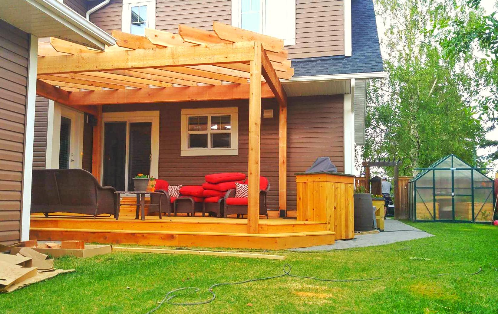 Cedar Deck and Pergola