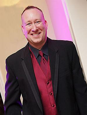 Massachusetts Wedding DJ Specialist Brian Fligg