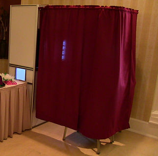 Encloed photo booth