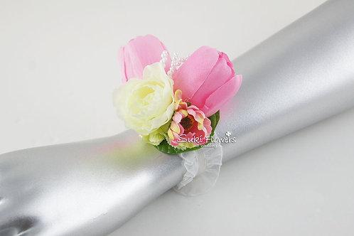 粉紅鬱金香海棠手花