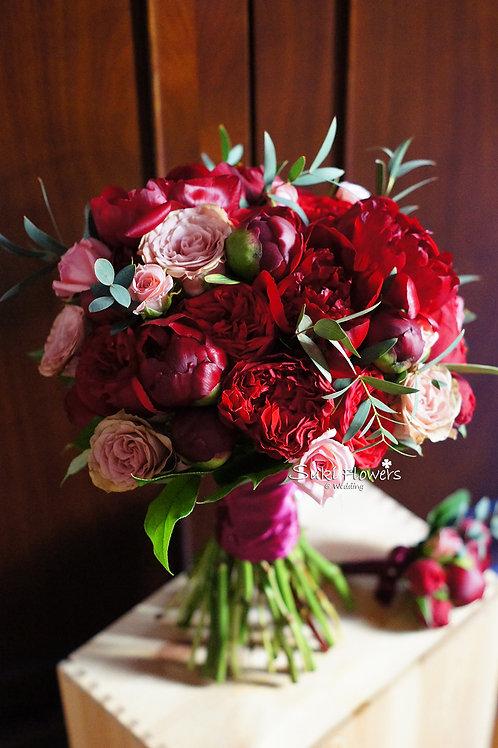 紅色大牡丹庭園玫瑰鮮花花球
