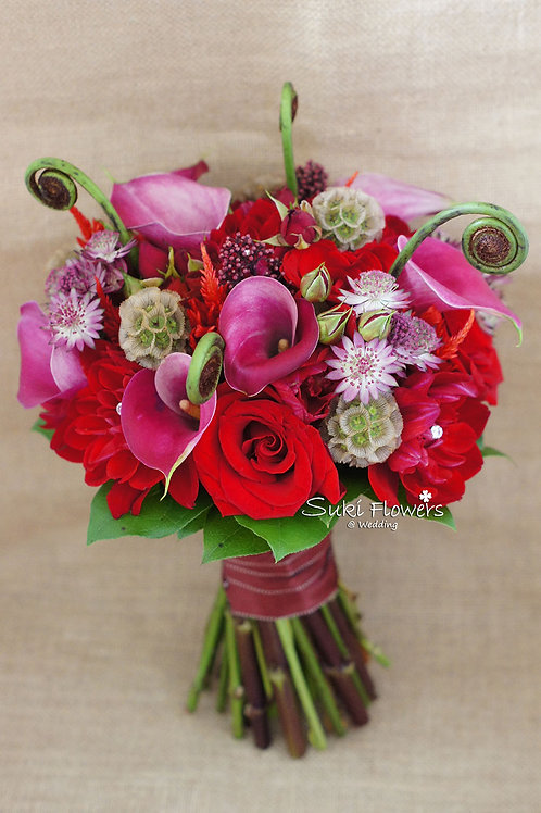 馬蹄蘭大理花鳳尾玫瑰松蟲草果過山貓鮮花花球