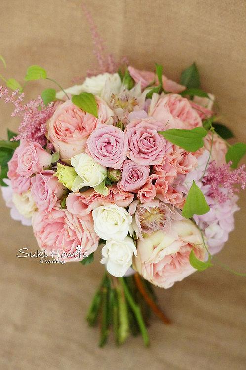 庭園玫瑰雪蓮泡盛草小玫瑰桔梗鮮花花球